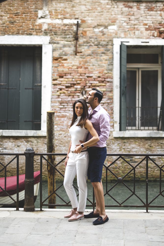 14-wedding-photographer-italy-venice-engagement