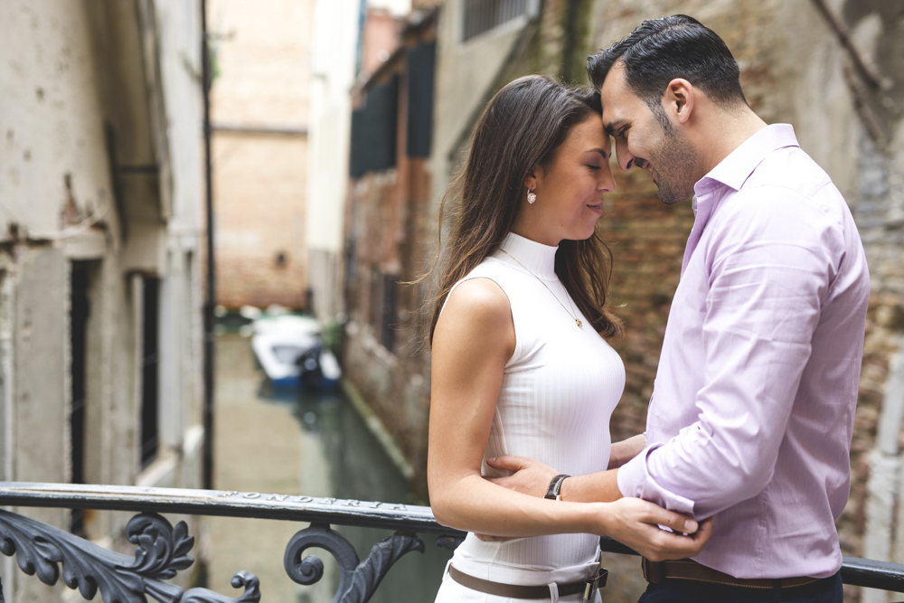 27-wedding-photographer-italy-venice-engagement