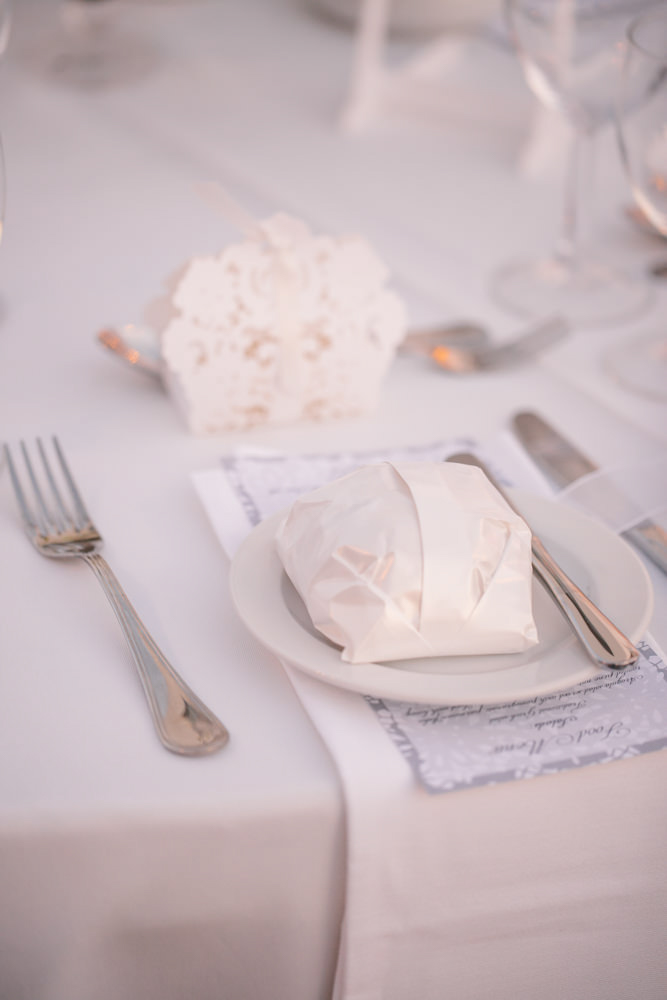 142-cyprus_wedding_photographer_nicosia_lefkosia_decoration_reception_details