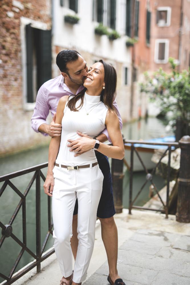 16-wedding-photographer-italy-venice-engagement