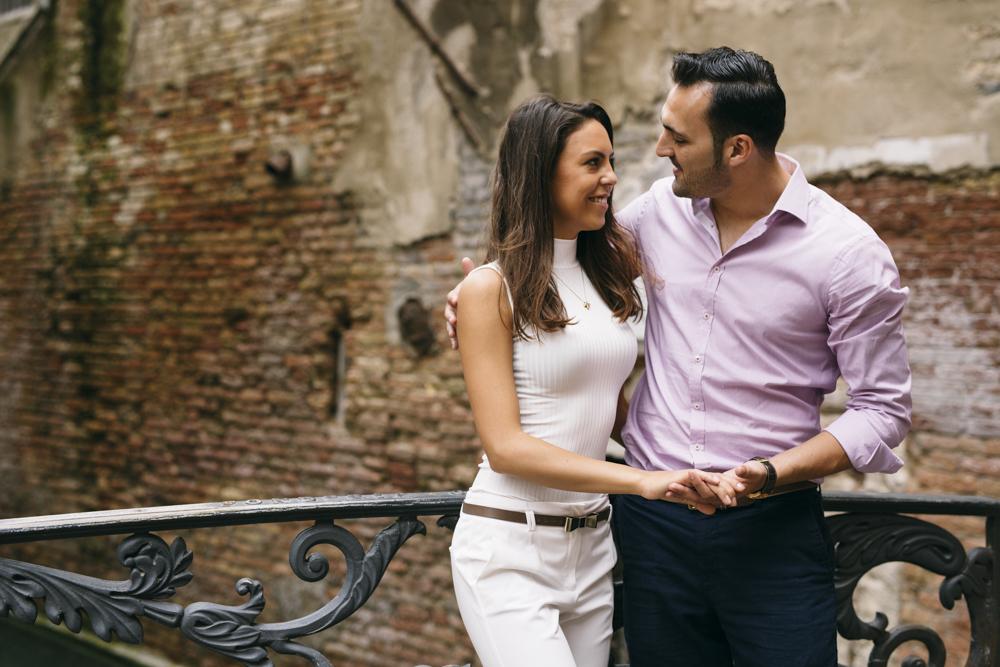 24-wedding-photographer-italy-venice-engagement