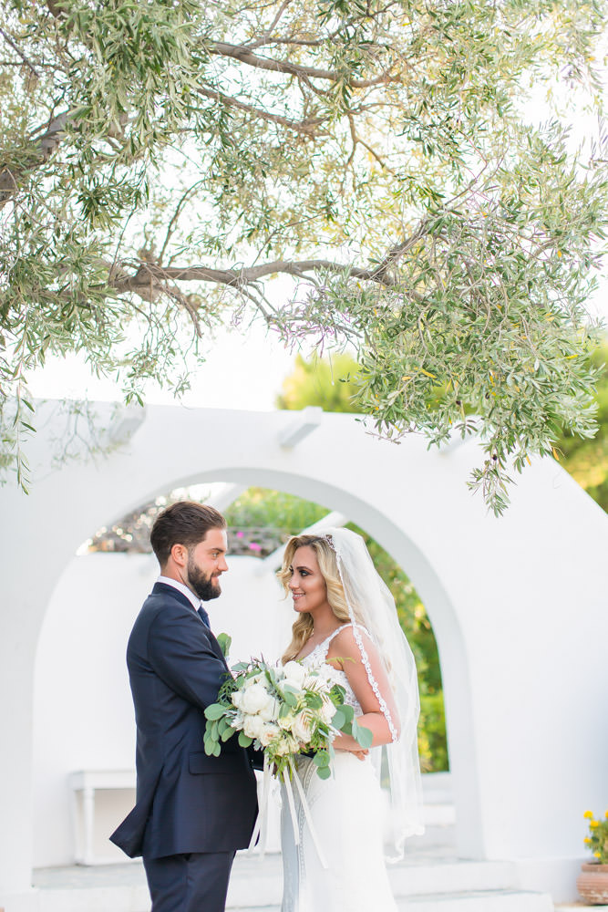 wedding_photographer_island_art_and_taste_athens_riviera_wedtime_stories-069