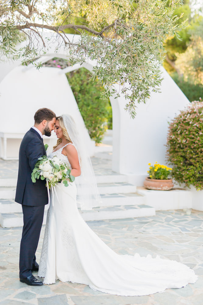 wedding_photographer_island_art_and_taste_athens_riviera_wedtime_stories-070